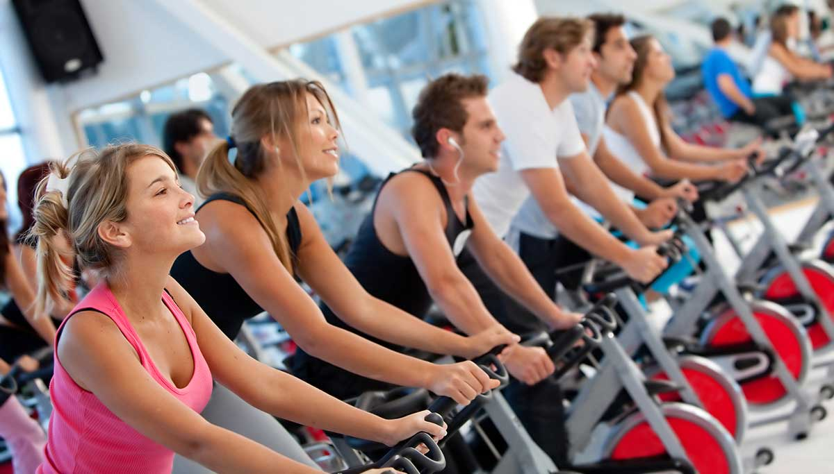 Beginner's guide to spinning class | Benefits of spin classes