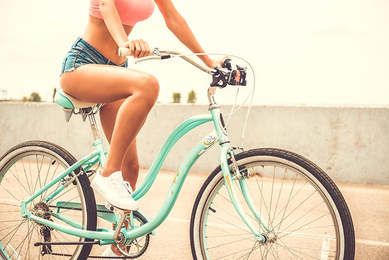 How to keep safe cycling - Bicycle safety