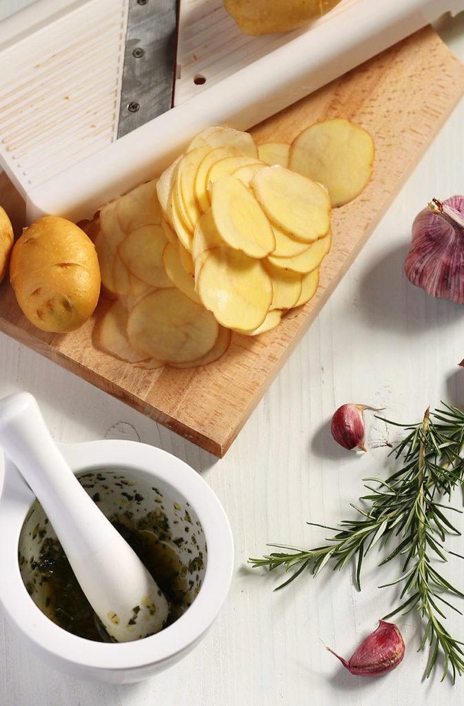 Oven-Baked Potato Chips