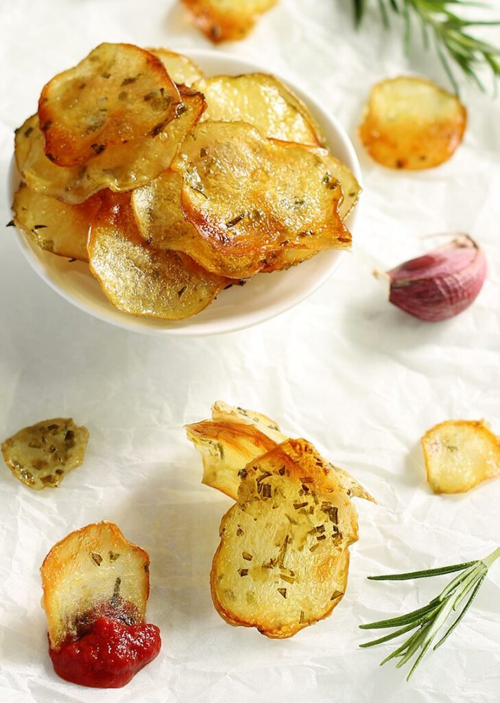 Healthy oven-baked potato chips