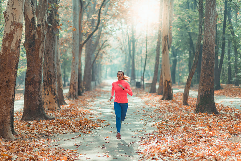 Woman doing tempo run